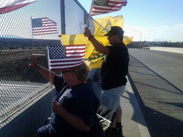 Overpasses for Obama's Impeachment - Hesperia, Ca