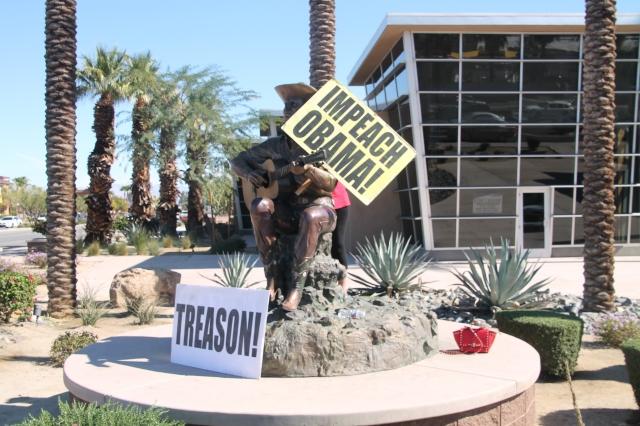 Gene Autry Statue  Impeach Obama NOW Protest