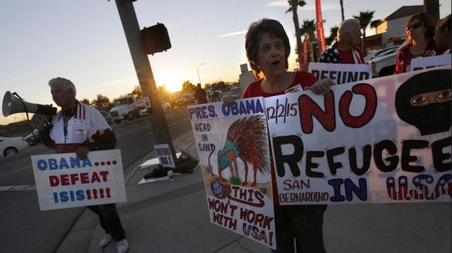 SanBernardionProtest-Obama-ISIS